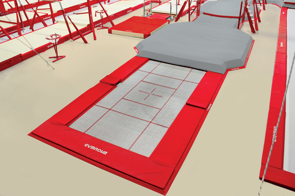 Built-in trampoline large size with pit link (*)